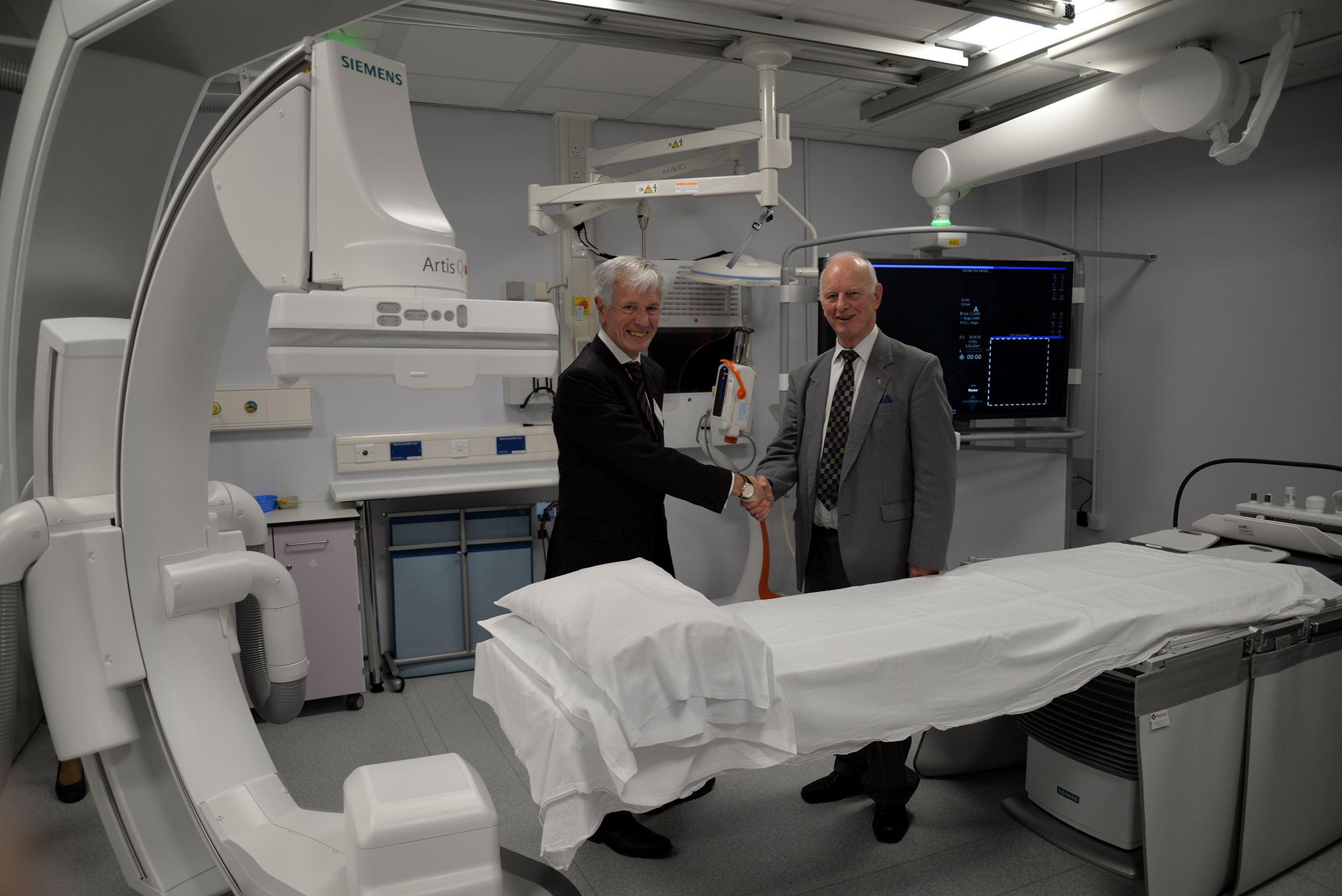 League of Friends funds Interventional X-Ray System
