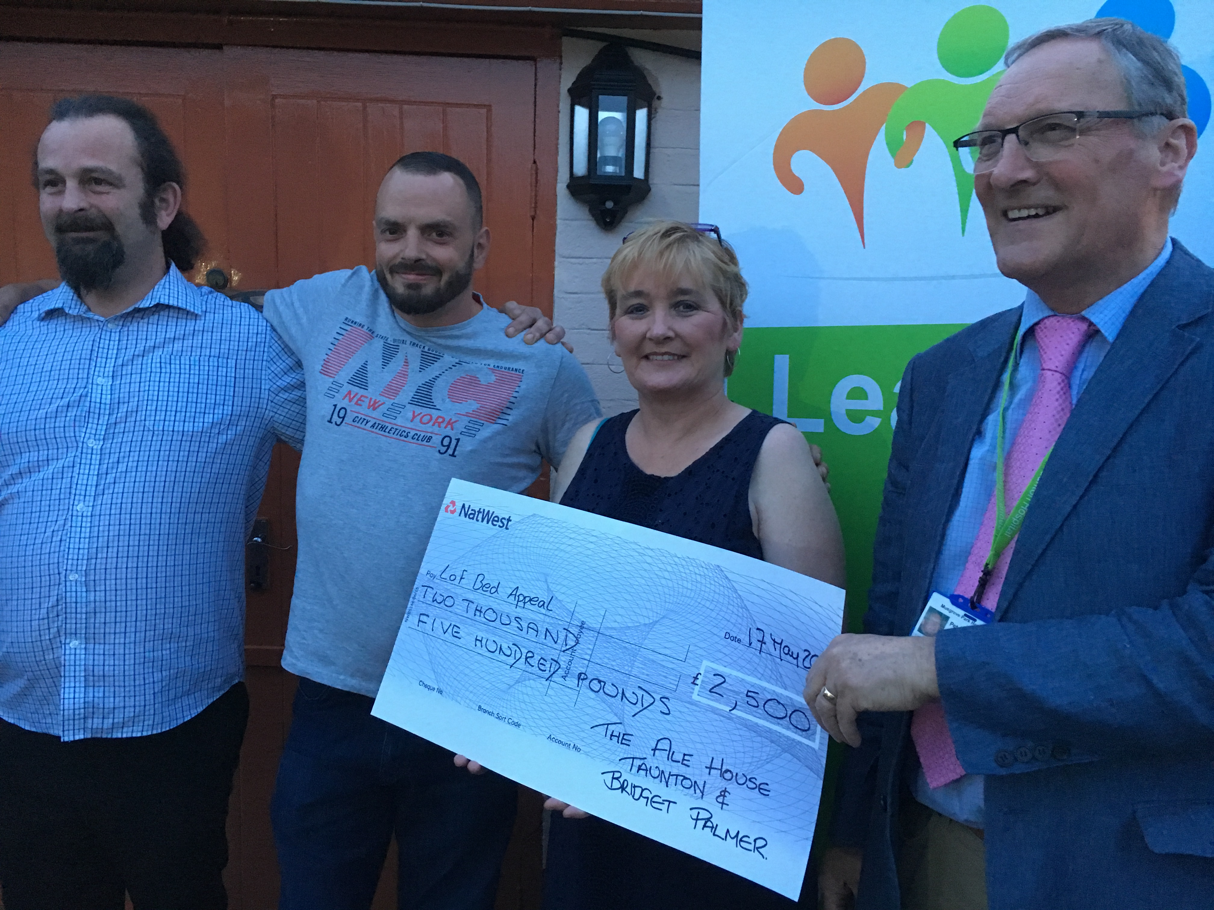 The Ale House raises £2,500 for the Bed Appeal